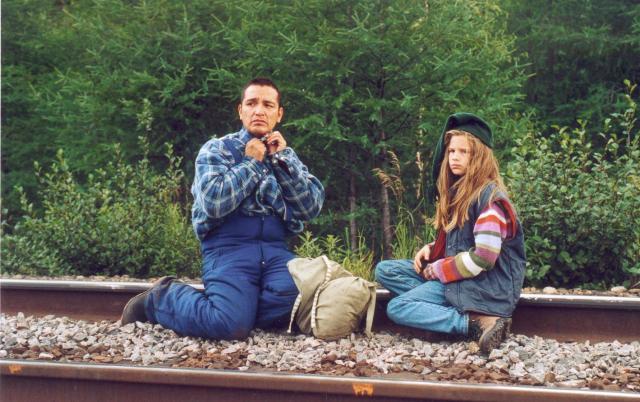 Attente du train pour Schefferville dans Le père de Gracile, un film de Lucie Lambert