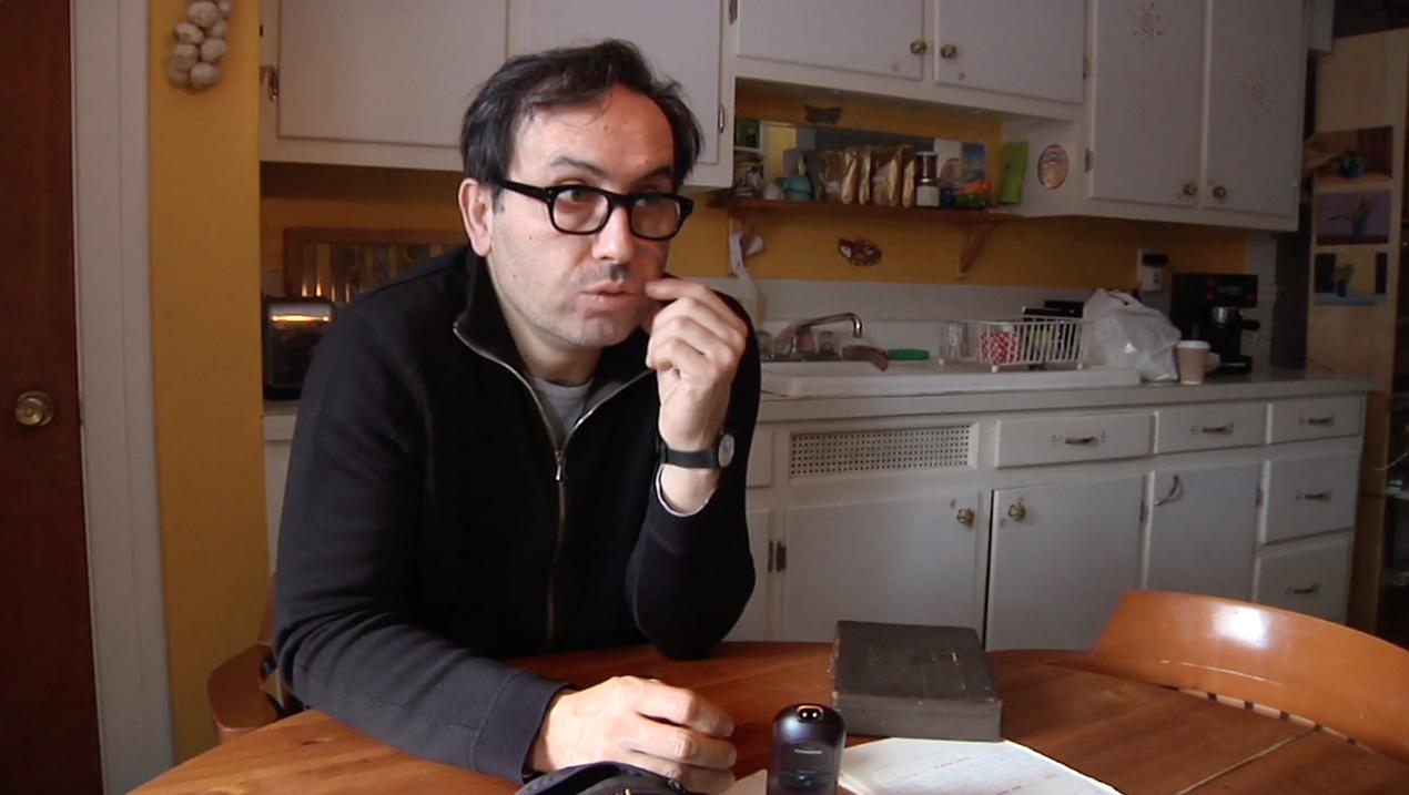 Claudio Pazienza dans L'inventaire des biens meubles de Monsieur Lambert, un film de Lucie Lambert